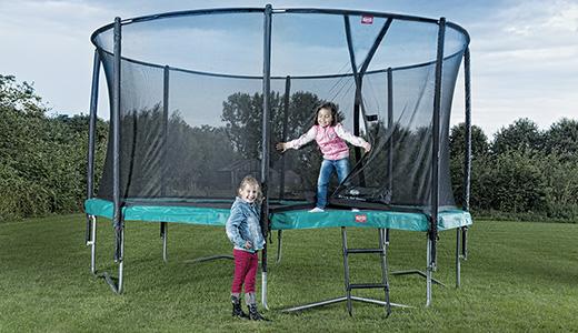 trampolin vergleichtrampolin im. Black Bedroom Furniture Sets. Home Design Ideas